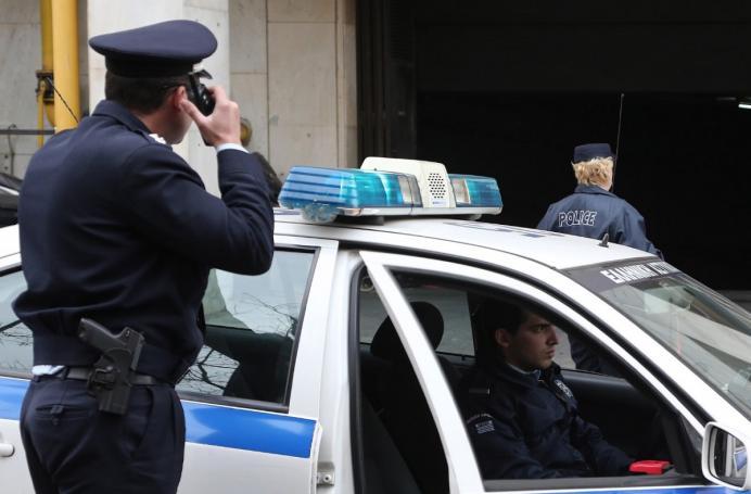 Εκτακτο: Ληστεία και πυροβολισμοί στους Αγίους Αναργύρους! | panathinaikos24.gr