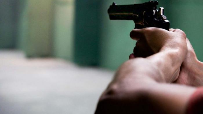 Ξεφύγαμε: Μαθητής πυροβόλησε μέσα σε σχολείο στη Λαμία! | panathinaikos24.gr
