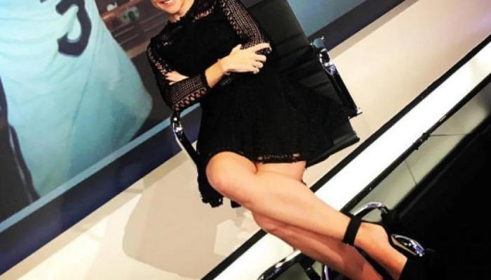 Πανέμορφη Ελληνίδα δημοσιογράφος δέχθηκε «στενό μαρκάρισμα» από ποδοσφαιριστή! (ΦΩΤΟ) | panathinaikos24.gr