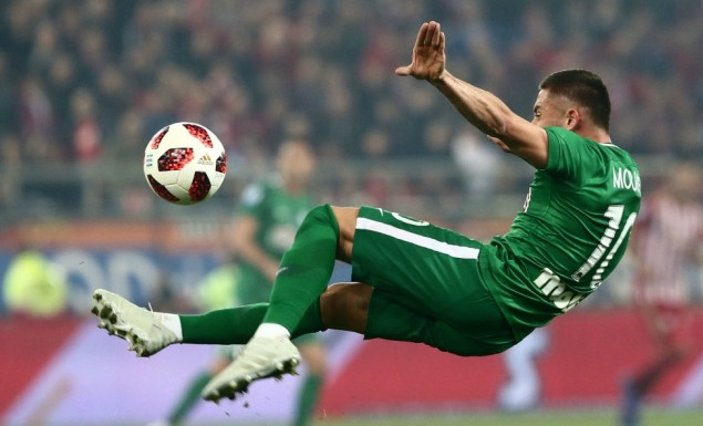 Δύο φορές στο ίδιο σημείο χτύπησε στο ντέρμπι ο Μουνιέ! | panathinaikos24.gr