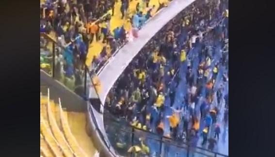 Έπος: Οι οπαδοί της Μπόκα προκαλούν ΧΑΜΟ στο πλημμυρισμένο Μπομπονέρα (vid) | panathinaikos24.gr
