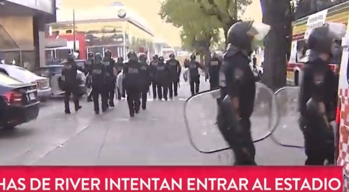 Live εικόνα από τα επεισόδια στο Ρίβερ-Μπόκα!   panathinaikos24.gr