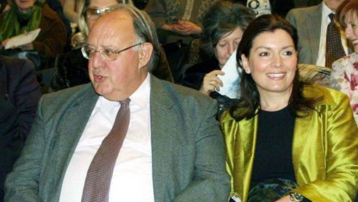 Διαζύγιο για τον Θεόδωρο Πάγκαλο με την 31 χρόνια νεότερη σύζυγο του! | panathinaikos24.gr