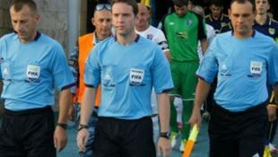 ΕΚΤΑΚΤΟ: Eγκεφαλικό ο Α΄ βοηθός διαιτητή του Ελλάδα-Εσθονία