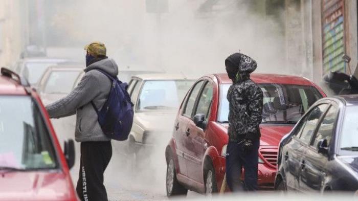 Εκτακτο: Επεισόδια και χημικά στα μαθητικά συλλαλητήρια (pics + vids) | panathinaikos24.gr