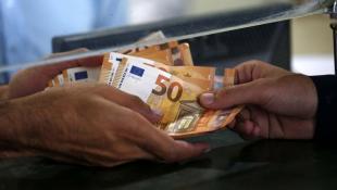 Νέα εξέλιξη: Νωρίτερα τα λεφτά για το Κοινωνικό Μέρισμα – Δείτε πότε θα μπουν