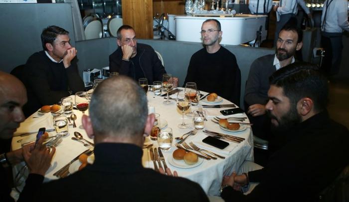 Εξαιρετικό κλίμα στο δείπνο – Δόθηκαν τα χρήματα από τα πρόστιμα στους εργαζόμενους   panathinaikos24.gr