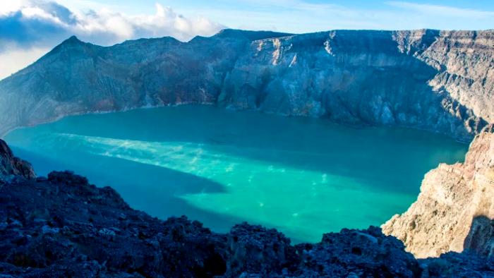 Η λίμνη του θανάτου: Το πιο όμορφο θέαμα του κόσμου μπορεί να σε σκοτώσει (Pics) | panathinaikos24.gr