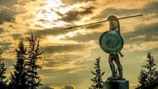 H ντροπή που έπρεπε να… ξεπλύνει: Ο μοναδικός επιζών από τους 300 του Λεωνίδα (pics)