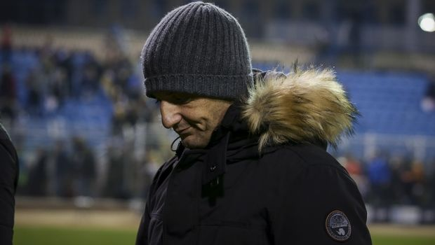 Προπονητής του… Ολυμπιακού ο Λουτσέσκου! (pic) | panathinaikos24.gr