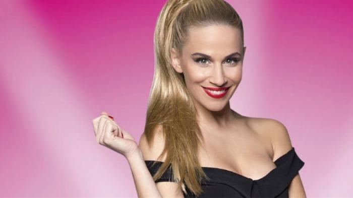 Νάντια Μπουλέ: Κολάζει με το αβυσσαλέο ντεκολτέ της στο My Style Rocks (vid) | panathinaikos24.gr