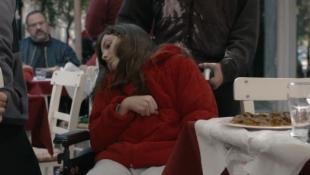 Το φιλμ-σοκ για το πώς ζουν τα άτομα με αναπηρία στην πόλη