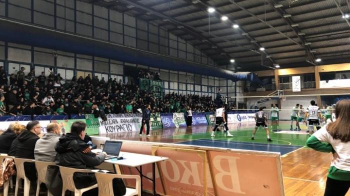 Video: Η εντυπωσιακή ατμόσφαιρα των οπαδών του Παναθηναϊκού στο ντέρμπι του βόλεϊ | panathinaikos24.gr
