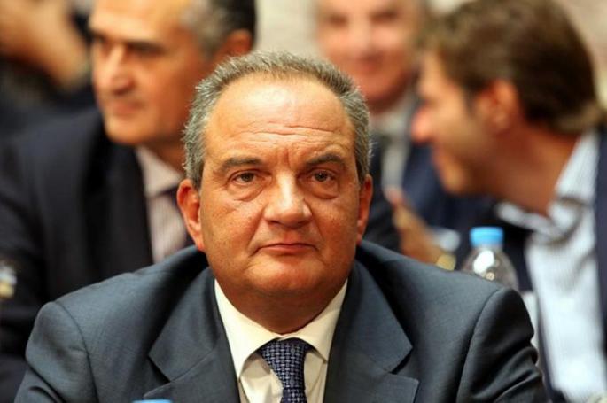 Ο Καραμανλής σε εκλογικό κέντρο του… ΣΥΡΙΖΑ! (pic) | panathinaikos24.gr