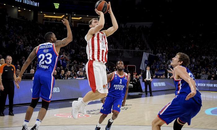 Στο μεταξύ ο Ολυμπιακός κατέβηκε στο δεύτερο ημίχρονο στην Πόλη, αλλά…   panathinaikos24.gr