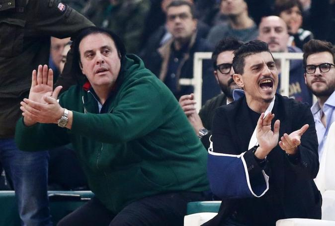 Το ζει με ένταση στο ΟΑΚΑ ο Γιαννακόπουλος (pics) | panathinaikos24.gr