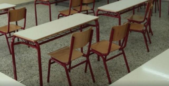 Μαθήτρια στην Πάτρα είπε σε καθηγητή «μην μας σκοτίζεις τα @ρχ!δ!@» και έπεσε ξύλο (vid) | panathinaikos24.gr