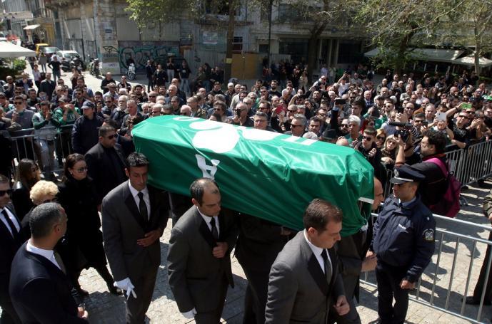 Συγκλονιστικές στιγμές στη Μητρόπολη για Θανάση: «Αθάνατος» (vid) | panathinaikos24.gr