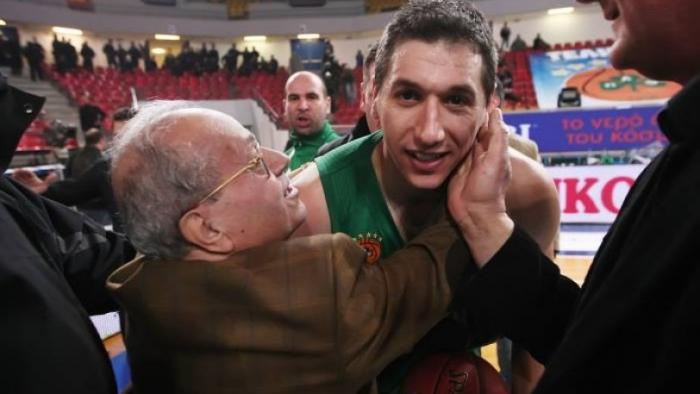 Το αντίο του Δημήτρη Διαμαντίδη στον Θανάση… | panathinaikos24.gr