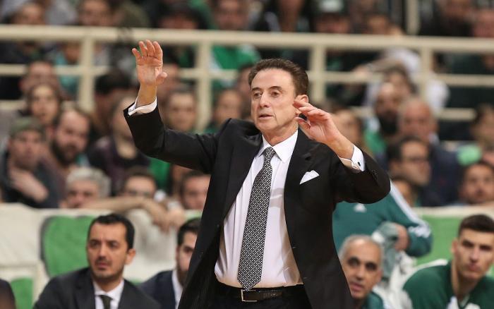 Πιτίνο: «Οι παίκτες πήγαν στη Μύκονο και εγώ έκατσα σπίτι μου» | panathinaikos24.gr