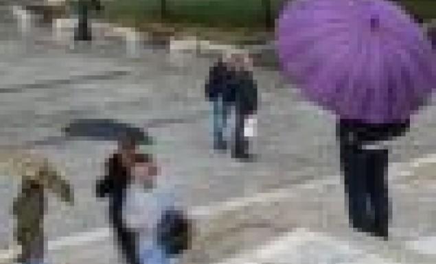 Χαλάζι στο Κολωνάκι! Μπουρίνι στην Αθήνα με αστραπές και βροντές | panathinaikos24.gr