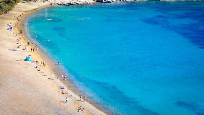 Υποτιμημένο διαμάντι: Το ελληνικό νησί που αν είχε αεροδρόμιο θα 'χε σβήσει τη Μύκονο (Pics) | panathinaikos24.gr
