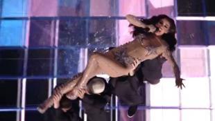 Φωτιά η Φουρέιρα στη σκηνή της Eurovision! (vid)