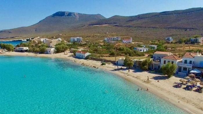 Έριξε τις τιμές και σάρωσε: Το νησί που μάζεψε όλο τον κόσμο φέτος είναι η έκπληξη του καλοκαιριού (Pics) | panathinaikos24.gr