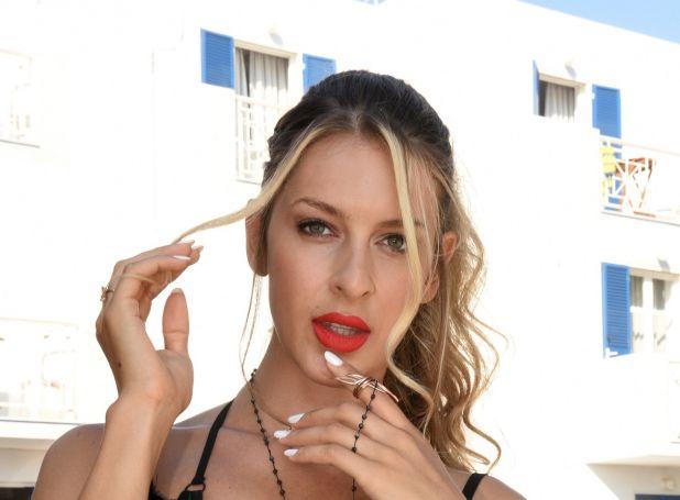 Η Ελισάβετ Δοβλιατίδου ενθουσίασε τον Σπύρο με το τσιφτετέλι της! (vid) | panathinaikos24.gr