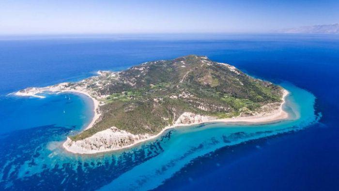 Το νησί του Ιονίου όπου μπορείς να τα δεις όλα με τα πόδια μέσα σε τρεις μέρες | panathinaikos24.gr