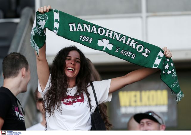 Η μελαχρινή με το πράσινο κασκόλ που μαγνητίζει τα βλέμματα στην Ολλανδία (pics) | panathinaikos24.gr