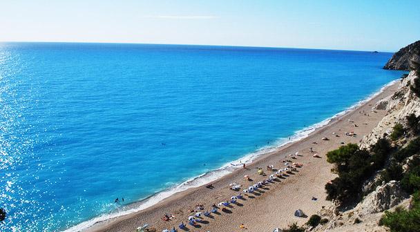 Οι ωραιότερες στην Ελλάδα: Γι' αυτές τις 2 παραλίες αξίζει να κατέβεις 450 σκαλοπάτια (Pics) | panathinaikos24.gr