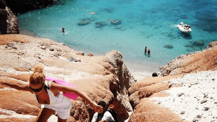 Αυστηρά για τολμηρούς: Στην ωραιότερη παραλία της Ελλάδας πας με δική σου ευθύνη (Pics) | panathinaikos24.gr