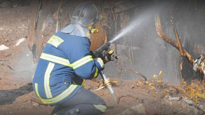 Έκτακτο: Φωτιά τώρα στον Ασπρόπυργο – Διακόπηκε o Προαστιακός | panathinaikos24.gr