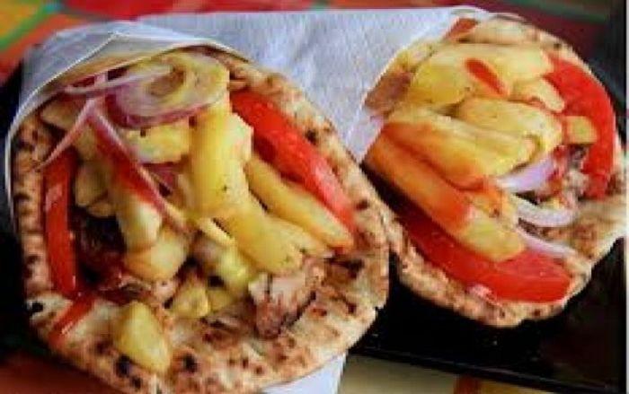 Υποκλίνονται όλοι: Η μυστική συνταγή του σουβλατζίδικου που κάνει το καλύτερο πιτόγυρο στην Ελλάδα (pics)   panathinaikos24.gr