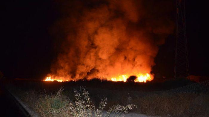 Μεγάλη φωτιά στην Εύβοια – Εκκενώνεται χωριό | panathinaikos24.gr