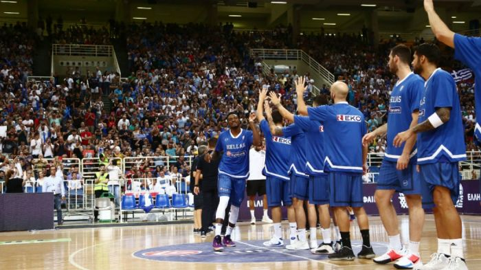 Συγκίνηση στο ΟΑΚΑ: Για πρώτη φορά a cappella ο Εθνικός ύμνος! (vid) | panathinaikos24.gr