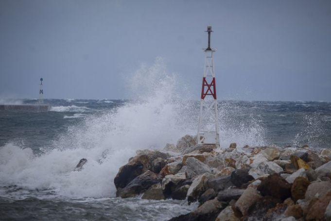 Καιρός: Έρχονται θυελλώδεις άνεμοι – Έκτακτο δελτίο από την ΕΜΥ | panathinaikos24.gr