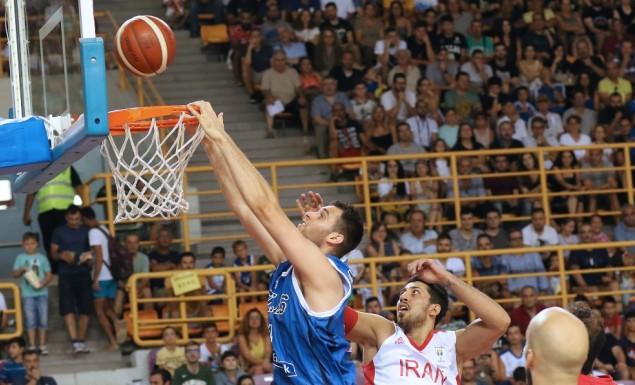 «Οδοστρωτήρας» με δύο καρφώματα ο Παπαγιάννης (vid) | panathinaikos24.gr