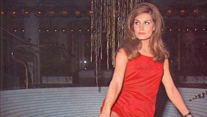 «Kατέστρεφε όποιον αγαπούσε»: Η μοιραία γυναίκα που είδε και τους 3 άντρες της ν' αυτοκτονούν (Pics) | panathinaikos24.gr
