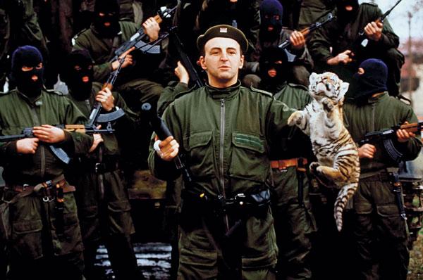 «Οι Τίγρεις του Αρκάν»: Ο διαβόητος στρατός του μαφιόζου που έγινε το είδωλο κάθε κακοποιού | panathinaikos24.gr
