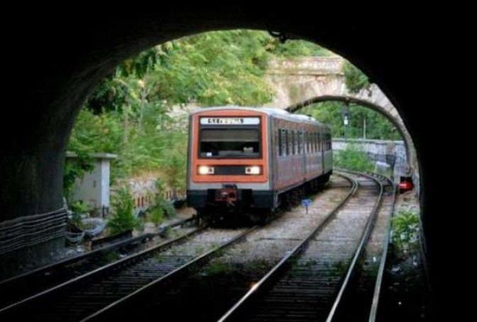 Διακοπή σε δρομολόγια του Ηλεκτρικού – Εισέβαλαν άτομα στις γραμμές | panathinaikos24.gr