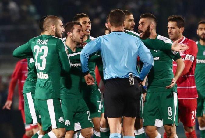 Η «καμόρα στο ελληνικό ποδόσφαιρο» και «ο γνωστός στο πανελλήνιο κ. Μάνταλος» (vids) | panathinaikos24.gr
