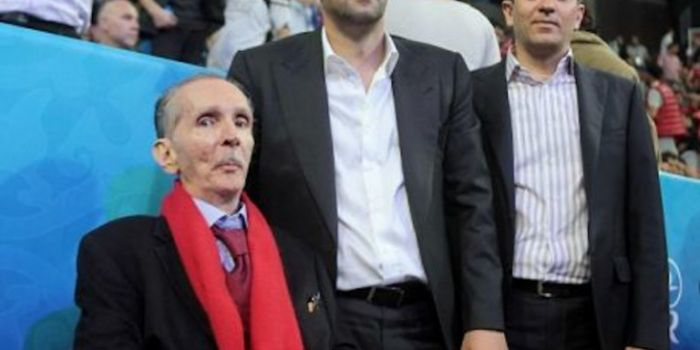 Κωσταντίνος Αγγελόπουλός ξανά κατά των γιων του!   panathinaikos24.gr