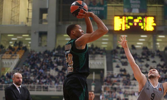 Τζόνσον: «Δεν είμαστε ικανοποιημένοι παρά τη νίκη που πήραμε»   panathinaikos24.gr