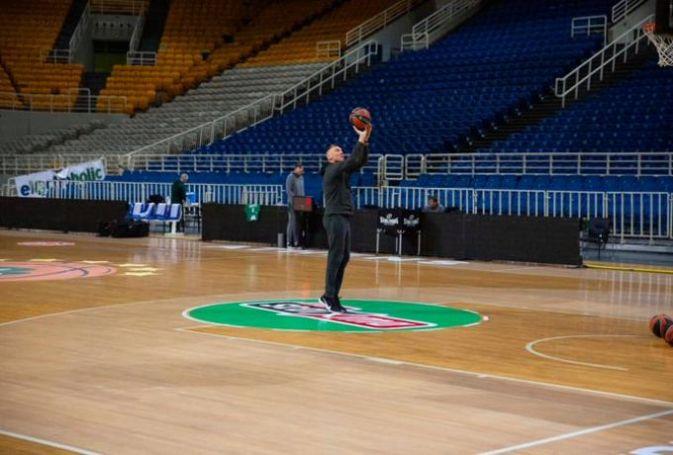 Σαν να μην πέρασε μια μέρα: Έκανε σουτάκια στο ΟΑΚΑ ο Σάρας (pic) | panathinaikos24.gr