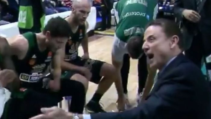 «Τρελάθηκε» ο Πιτίνο με τον Παπαγιάννη (vid)   panathinaikos24.gr