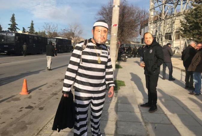 Ντυμένοι «Μαρινάκης» με ριγέ στολές στην Τούμπα! (pic) | panathinaikos24.gr