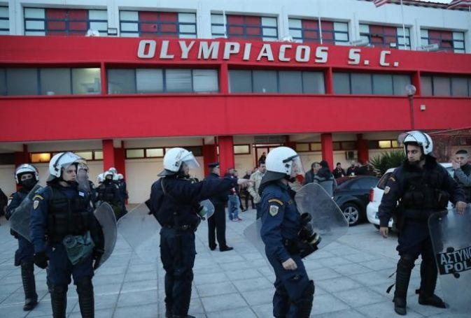Τρομακτικό νέο βίντεο από τις ρίψεις μολότοφ στο Ρέντη! | panathinaikos24.gr