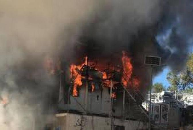 Tραγωδία στη Μόρια: Πληροφορίες για νεκρό παιδί στην μεγάλη φωτιά στο ΚΥΤ   panathinaikos24.gr